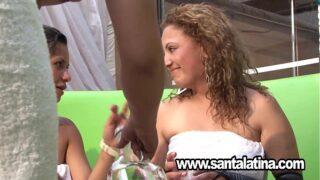 Fiesta swinger en colombia lena the plug xxx